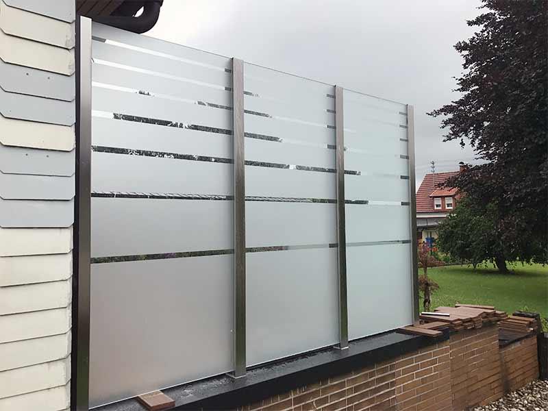Glas-Sichtschutz/Windfang