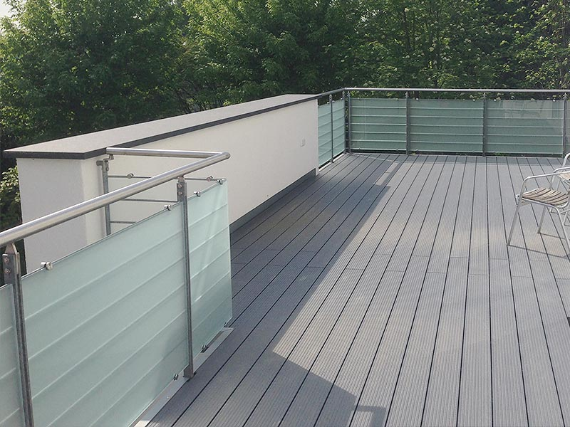 Balkon-Geländerverglasung