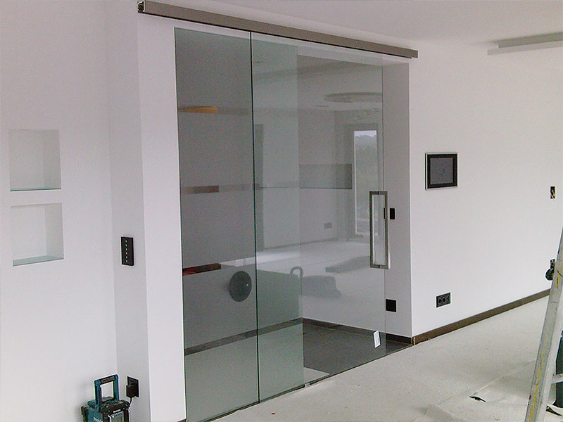 Glastüren- und Fenster 10